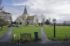 Kyrka för St Andrew ` s, Alfriston, Sussex, UK arkivbild