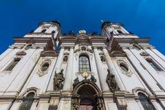Kyrka för St. Nicholas, Prague, tjeckisk republik Royaltyfria Foton