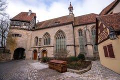 Kyrka för St Wolfgangs, Rothenburg obder Tauben, Bayern, Tyskland Fotografering för Bildbyråer