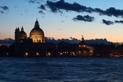 Kyrka för Venedig - Madonna dellahonnör arkivbild