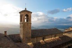 Kyrka från Republiken San Marino Arkivbild