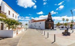 Kyrka i Casillas Del Angel, Fuerteventura, Spanien Fotografering för Bildbyråer