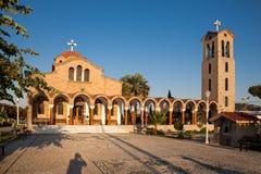 Kyrka i den Faliraki staden Liten kyrka i Faliraki Fotografering för Bildbyråer