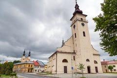 Kyrka i den Podolínec staden Royaltyfri Fotografi