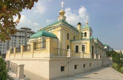 Kyrka i den Preobrazenskaya fyrkanten i Moskva Royaltyfri Bild