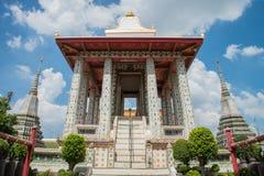 Kyrka i den Wat Arun templet, Bangkok Thailand Arkivfoto