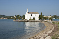Kyrka i Gouvia, Korfu Arkivfoto