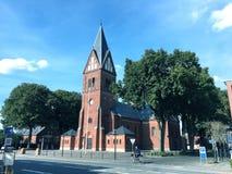 Kyrka i Herningen, Danmark royaltyfri bild
