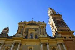 Kyrka i Menton i Frankrike fotografering för bildbyråer