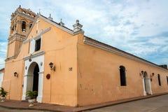 Kyrka i Mompox, Colombia royaltyfria bilder
