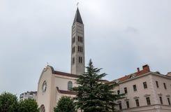Kyrka i Mostar arkivfoton