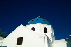 Kyrka i Santorini Royaltyfri Fotografi