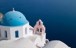 Kyrka i Santorini Fotografering för Bildbyråer
