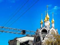 Kyrka i stadsmitten Arkivfoton