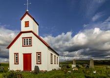 Kyrka i sydliga Island Royaltyfria Foton
