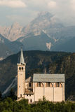 Kyrka i Venas di Cadore, Dolomites Royaltyfria Bilder