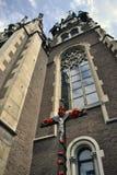 Kyrka och korset Royaltyfria Foton