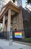 Kyrka och LGBTQ Fotografering för Bildbyråer