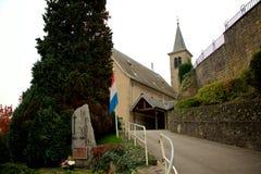Kyrka och minnesmärke i Schengen, Luxembourg Royaltyfri Foto