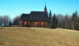 Kyrka på den Mala Prasiva kullen Arkivfoto