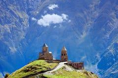 Kyrka på det höga berget royaltyfri bild