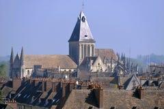 Kyrka på Falaise i Frankrike royaltyfri bild