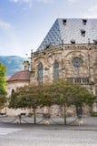 Kyrka Santa Maria Assunta - antagande av vår dam, Bolzano, Italien, _, royaltyfria foton