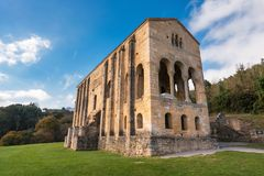 Kyrka Santa Maria del Naranco Oviedo Asturias Spain arkivfoton