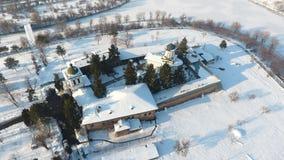 Kyrka som ses från över, snö royaltyfria bilder