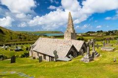Kyrka Trebetherick Cornwall för St Enodoc Royaltyfri Fotografi