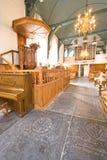 Kyrkainterior med 16th. sällan predikstol för århundrade Fotografering för Bildbyråer