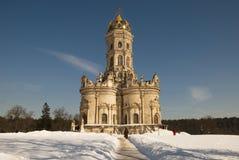 Kyrka av vår Lady (Znamenskaya) i Dubrovitsy Royaltyfri Fotografi
