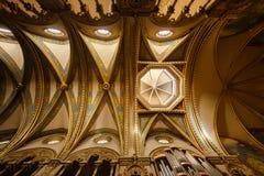 Kyrkan av den Santa Maria de Montserrat kloster Royaltyfria Bilder
