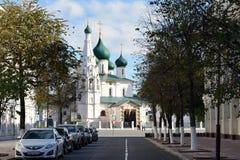 Kyrkan av Elijah profeten i Yaroslavl royaltyfria bilder