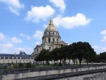 Kyrkan av huset av inaktiverade - det Les Invalides komplexet av museer och monument i Paris milit?r historia av Frankrike Gravva arkivbild