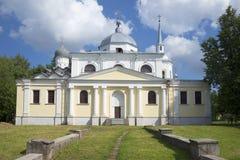 Kyrkan av Nikita martyren i Novgorod den stora juli dagen Royaltyfria Bilder