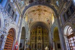 Kyrkan av Santo Domingo de Guzman i Oaxaca Mexico Arkivfoton