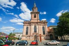 Kyrkan för helig Treenighet avmaskar in, Tyskland Arkivbild