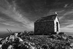 Kyrkan för St Elias på maximumet av samma namnger fotografering för bildbyråer