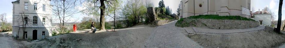 Kyrkan från kullen, Sighisoara, 360 grader panorama Arkivbild