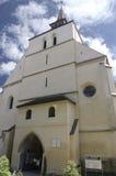 Kyrkan från kullen, Sighisoara, Transylvania Arkivbilder