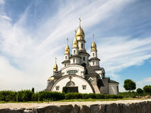 Kyrkan i den Buky byn, Kiev region, Ukraina Arkivfoton