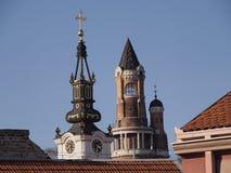 Kyrkan och står hög Royaltyfri Bild