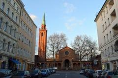 Kyrkan på huvudet av den kyrkliga gatan, Berlin, Tyskland royaltyfria bilder