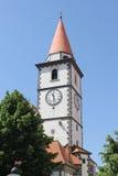 Kyrkan står hög arkivfoto