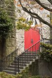 kyrklig dörr Arkivfoto
