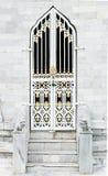 kyrklig dörr för antikvitet Royaltyfri Fotografi
