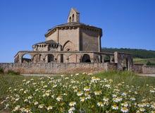 kyrklig de eunate maria romanesque santa Arkivfoton