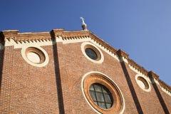 kyrklig dellegrazie italy maria milan santa Arkivfoton