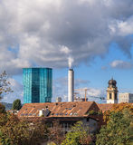 kyrklig för peter s för framsida för stadscityscapeklocka störst värld zurich för torn st schweizisk Royaltyfri Foto